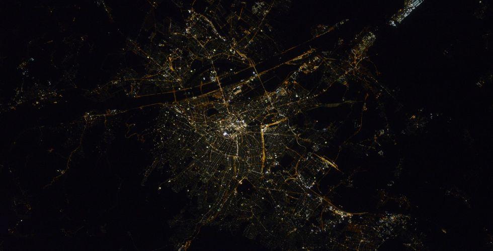 Вид ночной Вены из космоса