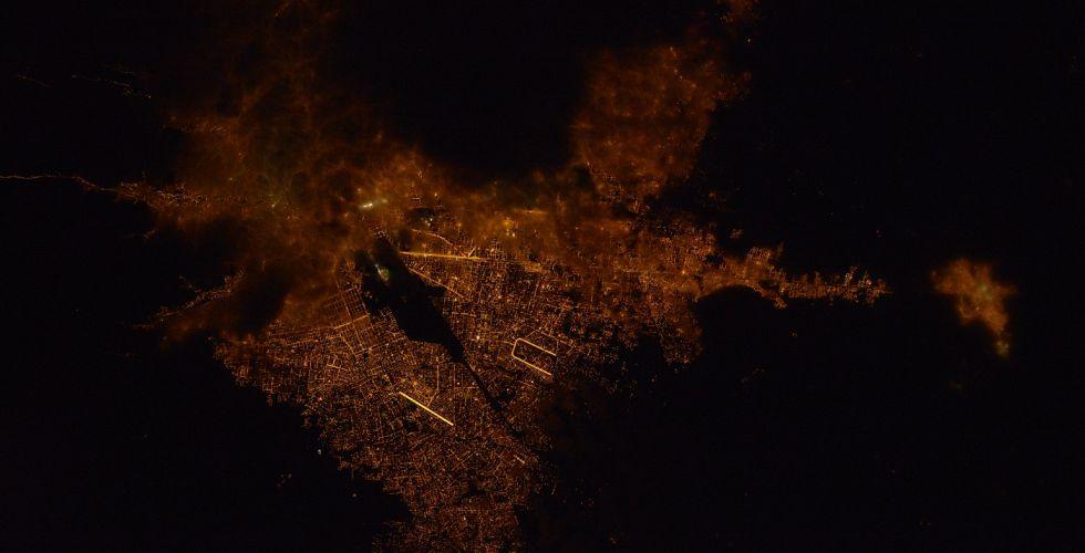 Вид ночного Ла-Паса из космоса