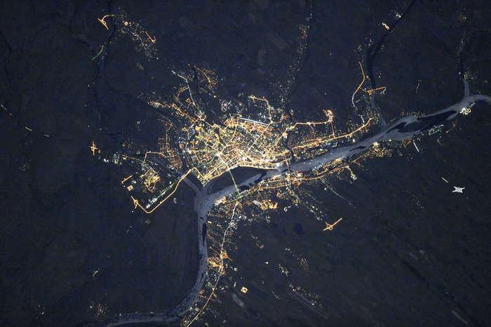 Астрахань ночью из космоса