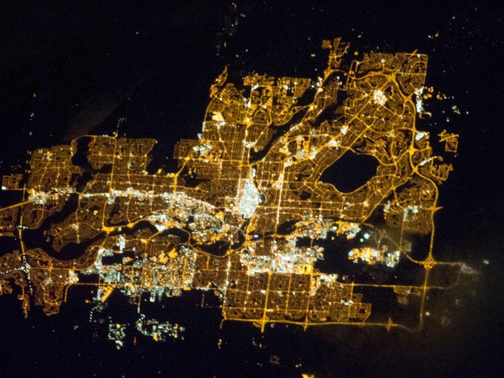 Калгари ночью из космоса