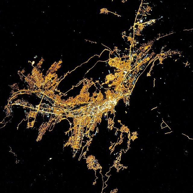 Ереван ночью из космоса
