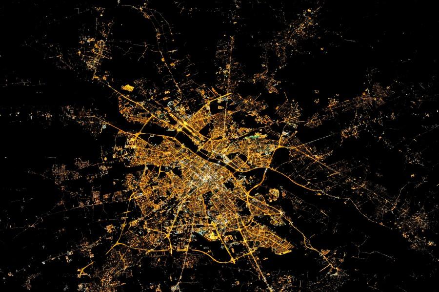 Варшава ночью из космоса